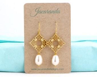 Gold Pearl Earrings - Pearl Earrings - Wedding Earrings - Bridesmaid Earrings - Dangle Earrings - Delicate Gold Earrings - Bridal Jewelry