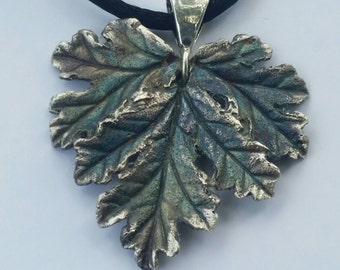 Silver Geranium Necklace