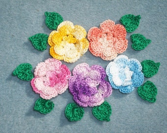 5 cotton thread crochet applique roses with green leaves --  2470