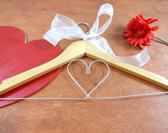 Hanger With Heart - Valetine Gift - Heart Hanger - Wedding Hanger - Wedding Dress Hanger - Wire Heart - Gift Idea - Decorative Hangers