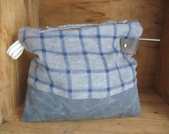Camping Zip pouch in Gray waxed canvas and plaid Camper Clutch storage case minimalist rustic travel clutch makeup father mother diaper bag