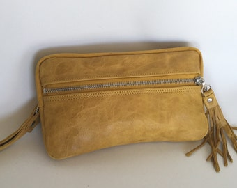 Leather wristlet wallet in curry