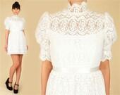 Vintage 60's Lace Babydoll Dress // Mini Mod Dolly Dress // Scalloped Lace // Grunge // Boho // Small S