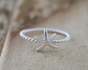 Mermaid. Sterling Silver mini Starfish petite Midi Ring
