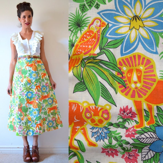 SUMMER SALE/ 30% off Vintage 70s Day at the Zoo High Waisted A Line Skirt (size small)