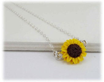 Tiny Sunflower Necklace - Sunflower Jewelry