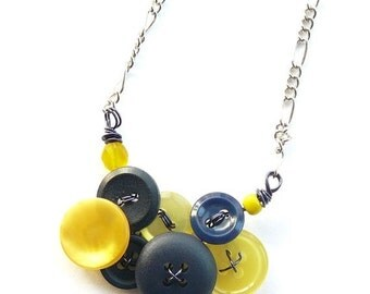 ON SALE Little Yellow and Navy Blue Vintage Button Necklace -Team Colors