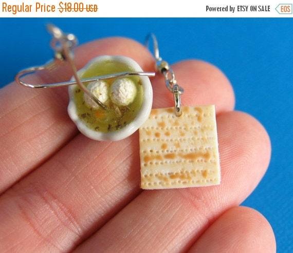 Christmas in July - Matzah and Matzo ball Soup earrings - Jewish Food -Food earrings - food jewelry - matzah - matzo - Seder - Passover - fo
