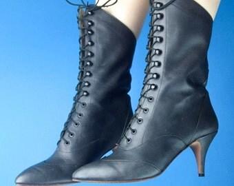 JR Leon 80s 90s Santa Barbara Gray Leather Granny Witch BOOTS 7/7.5 Unworn Vintage