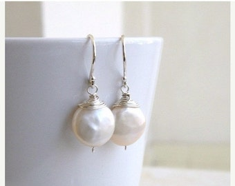 Super SALE Coin Pearl Wire Wrapped Silver Dangle Earrings GE5B
