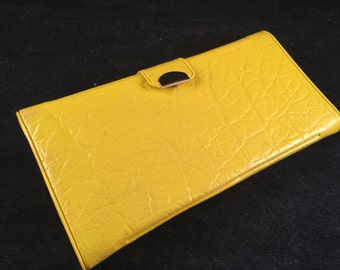 Vintage New Bright Yellow Ladies' Vinyl Wallet/Billfold with Pen, Photo Storage and Change