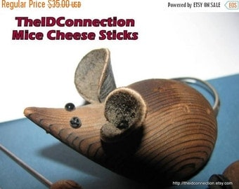 HUGE SALE Vintage Mouse Party Cheese Sticks, Hordevoures Picks, Wooden Mouse, Mice, Mouse in the House, The Rat who ate the Cheese