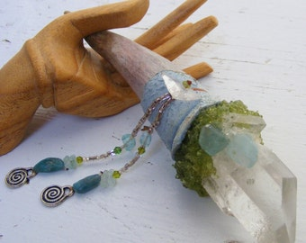 POSITIVE CHANGE magic Crystal Wand, Blue Topaz, Clear Quartz point, Peridot, deer antler Apatite, Shaman magik witchy wicca tribal primitive