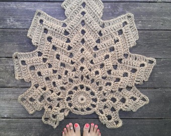 "Jute Leaf Shape Crochet Rug Mat Non Skid 26"" x 28"" READY to SHIP"
