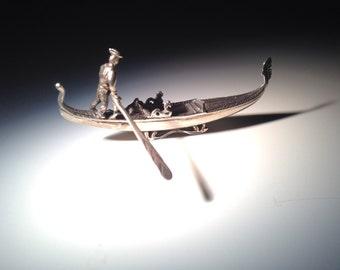 800 Silver Figure of Venetian Gondolier ca 1950