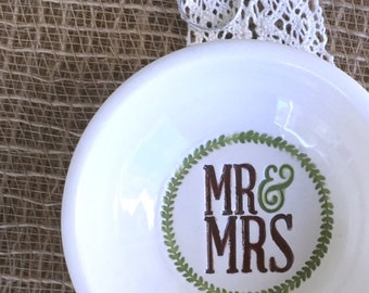 Mr & Mrs Ring Dish and Trinket Bowl - Wedding Ring Holder Gift Dish  w/ Mr and Mrs Text  Ready to Ship