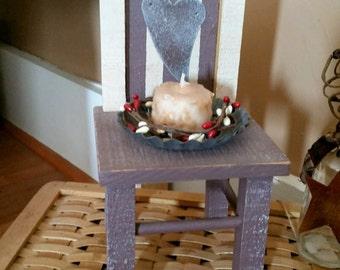 SALE Primitive Patriotic Mini Chair - Patriotic decor, vintage grubby candle, pip berries