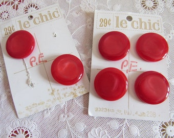 "6 Vintage 1950s LIPSTICK RED Pearlized Sewing Buttons on Card Le Chic 1-1/8"" Round Shank Style Crafts Clothing"