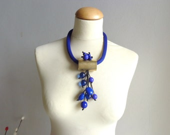 Chunky statement cobalt blue necklace rope necklace