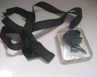Retro Victorian Mourning Brooch Lucite Silhouette with Ribbon from the 30s