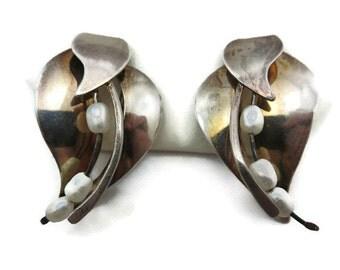 Sterling Pearl Earrings - Leaves, Post