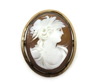 Antique Cameo Brooch - Carved Shell