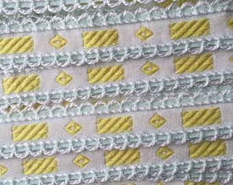 Italy 2 Yards Vintage Woven Edging Fabric Sewing Trim Yellow Pale Green And White  IT 42