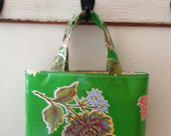 Beth's Green Mum Small Oilcloth Market Tote Bag