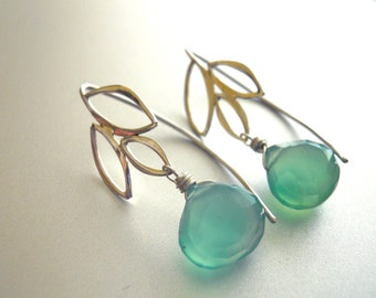 Seafoam Chalcedony Leaf Earrings, Gemstone Earrings, Sea foam Earrings, Seafoam Earrings, Black Friday, Christmas Gift