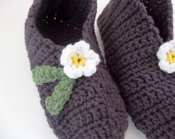 Crochet Slippers for Women Stretchy One Size Plum Heather with Small White  Flower & Green Leaves