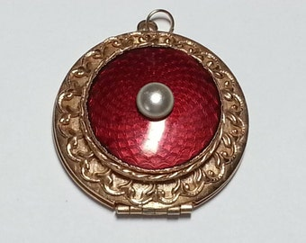 Vtg round locket pendant goldtone red enamel faux pearl keepsake  jewelry