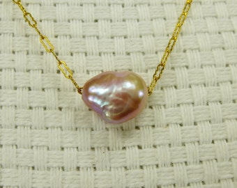 Pink Keshi Pearl Necklace Choker Goldfill Lacy Chain Feminine Elegant Solitaire Natural Color Minimalist