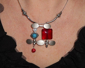 Statement necklace, Red boho necklace, asymmetric necklace, unique funky necklace, silver link jewelry, gift under 50, boho metal jewelry