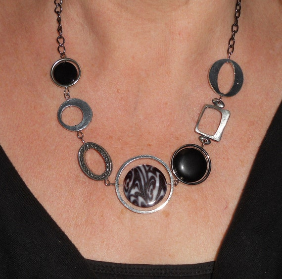Black necklace, silver link, boho necklace, onyx necklace, gift, asymmetrical, bohemian jewelry, fall fashion