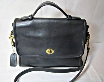 Coach Purse Classic Leather Coach Purse Vintage Coach Bag Black leather purse.