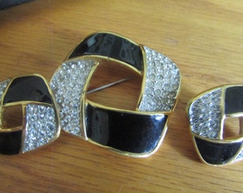 black with rhinestone square set