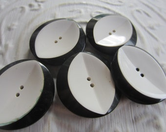 Vintage Buttons - large black and white novelty matching La Mode stamped on back, old and sweet-  ( mar231)