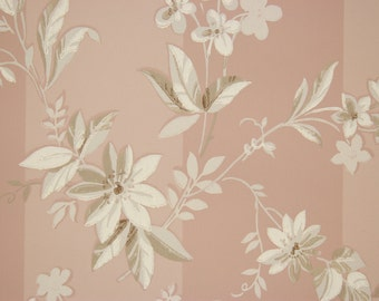 1940s Vintage Wallpaper White Flowers on Mauve by the Yard