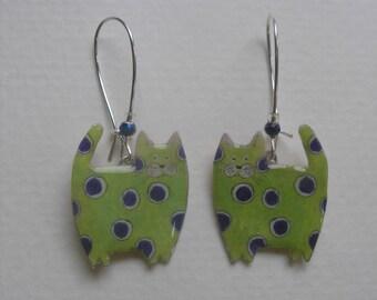 Signed Stephen Dalton Half Baked Ideas Lime Polka Dot Cat Earrings Kidney Wires