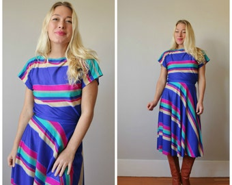 1970s Striped Blouse & Skirt Set >>> Size Extra Small