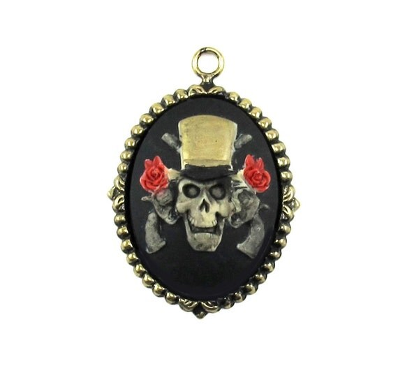 AWESOME Gothic Hand Painted Guns and Roses Cameo Pirate Pendant