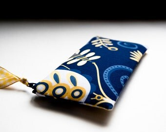 FREE SHIPPING, Navy Blue Cosmetic Clutch, handmade cosmetic clutch, fabric pencil case, Valentines day gift idea