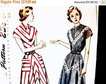 Sewing Pattern SALE 1940s Dress Pattern Misses size 16 Bust 34 UNCUT Simplicity Vintage Sewing Pattern 40s