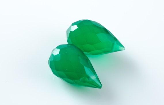 Emerald Green Quartz Teardrop Faceted Briolette Drops