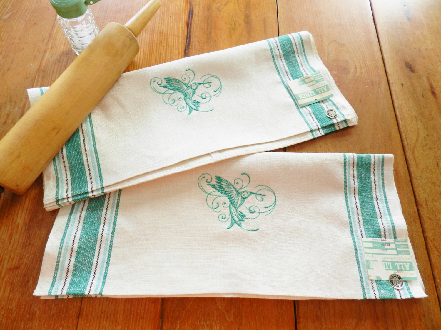 Nos green linen towels machine embroidered