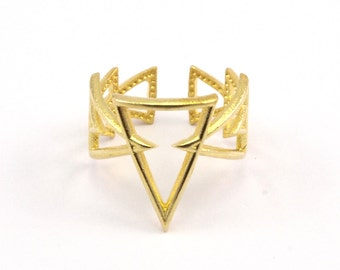 Brass Triangle Ring - 6 Raw Brass Adjustable Geometric Triangle Rings N019