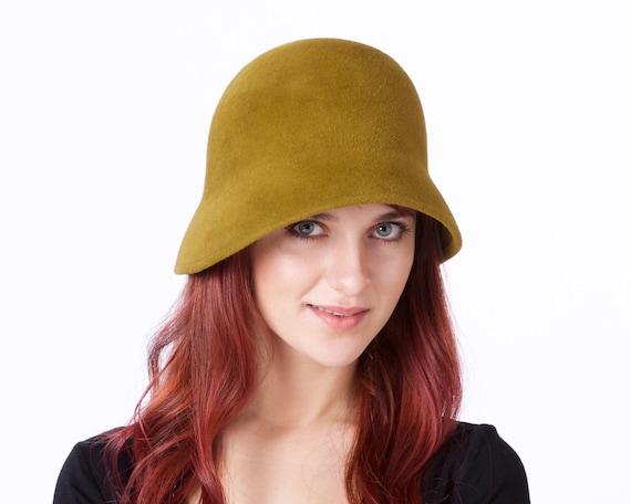 Women's Cloche Hat Fall Fashion Fall Accessories 1920s Hat Felt Cloche Hat Felt Hat Moss Green Hat 1930s Hat Downton Abbey Hat