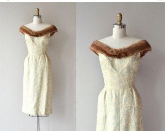 25% OFF SALE Suzy Perette brocade dress | vintage 1950s dress | mink collar 60s dress