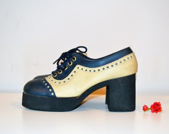 Vintage Shoes Platform Navy and Buff 1970's