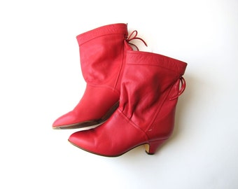 80s Red Leather Booties Slouchy Low Calf Boots 1980s Hipster Kitten Heel Boots Retro Tie Back Ankle Bootes Vintage Womens 6